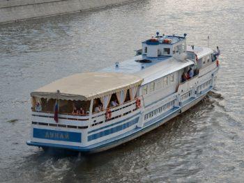 Теплоход Дунай